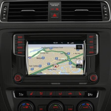 Touchscreen Navigation With Proximity Sensor Cd Player Am Fm Hd Radio Sd Memory Card Reader And Voice Control