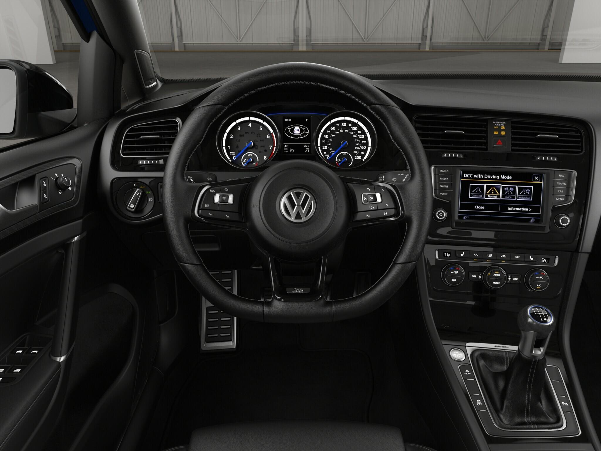 2017 Vw Golf R W Dcc Nav Dap Volkswagen Motor Satria 120 Driver Console