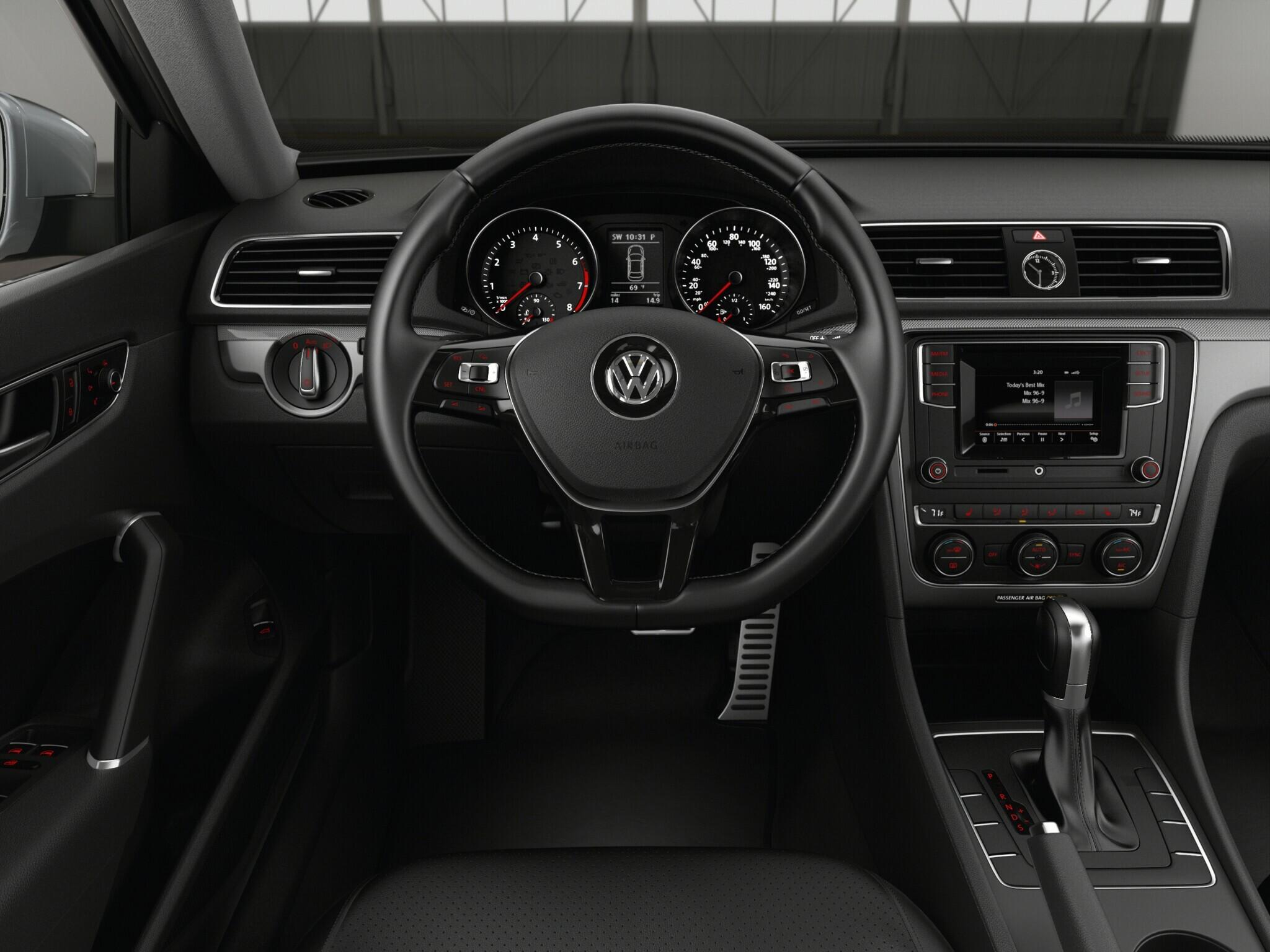 2017 volkswagen passat interior lights. Black Bedroom Furniture Sets. Home Design Ideas